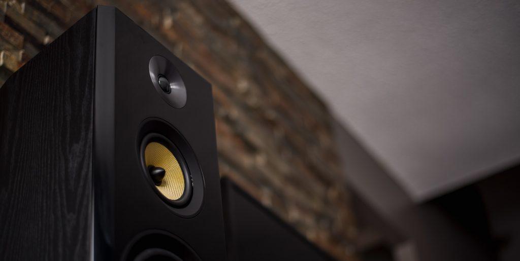 Benefits of Wooden Speaker Cabinets