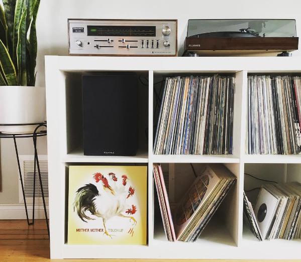 storing vinyl vertical