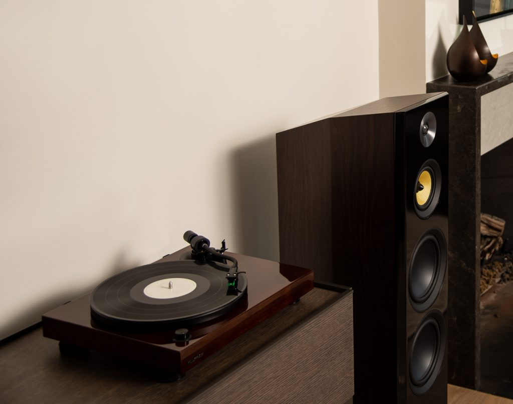 Fluance RT81 Record Player