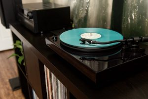 Why Choose a Turntable with Auto Stop?