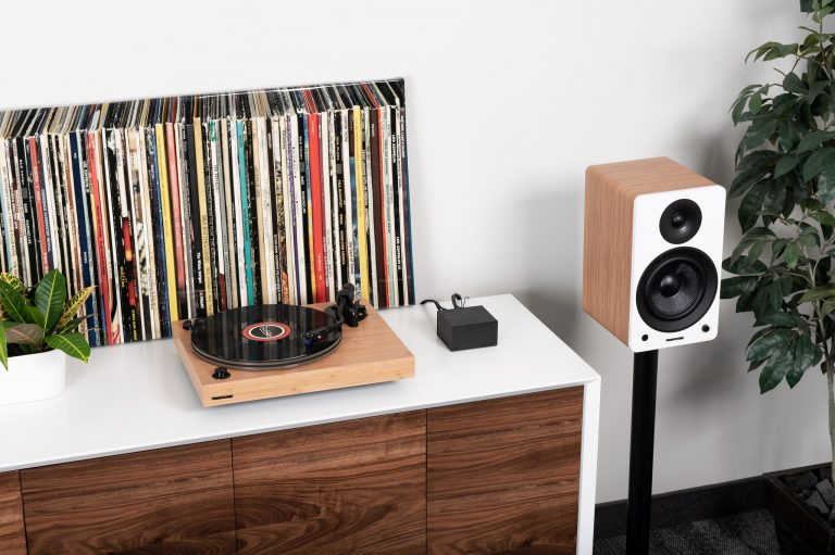 Fluance Hifi Turntable - Bamboo
