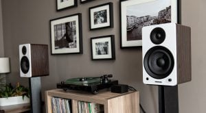 What are the Differences Between the Fluance Ai41 and Ai61 Powered Bookshelf Speakers?