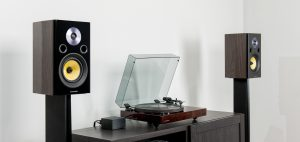 What is the Difference Between Ported and Sealed Speaker Cabinets?